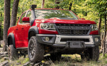 Chevrolet Colorado ZR2 Bison front 3/4 view